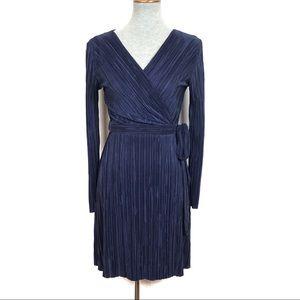 TOPSHOP Plissé Pleated Wrap Dress in Navy Size 6